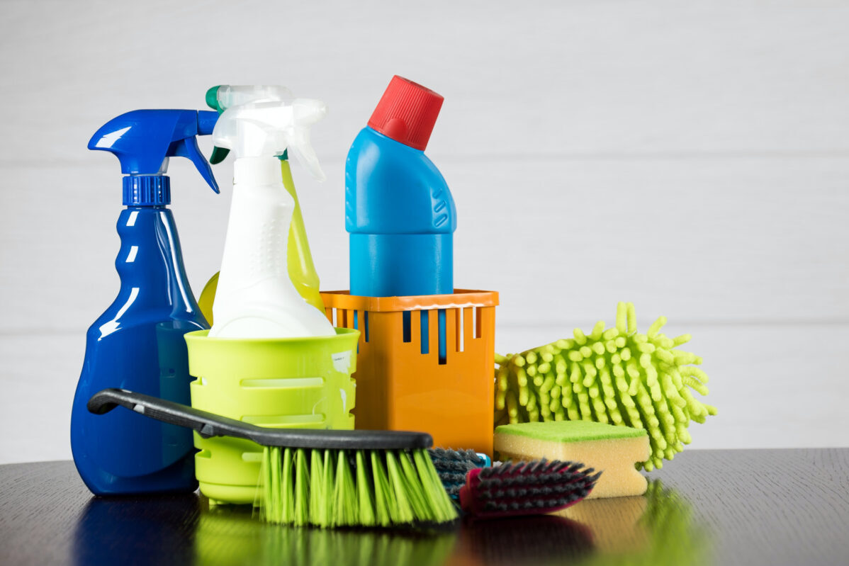 Five Benefits of Using Eco-friendly Home Cleaning Products